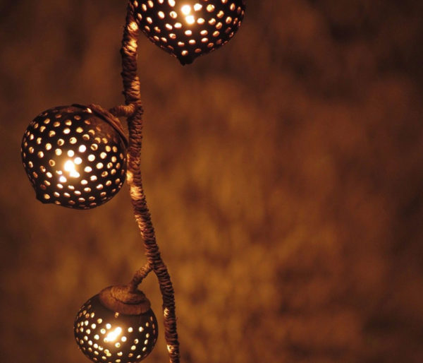 Hanging-Coconut-Shell-Light2