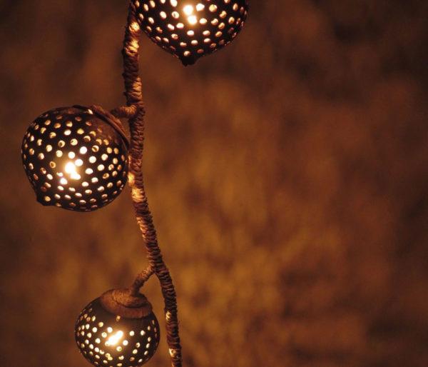 Hanging-Coconut-Shell-Light2