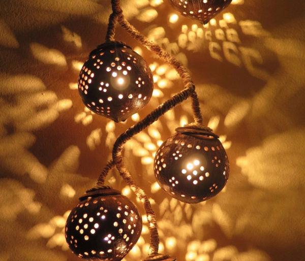 Hanging-Coconut-Shell-Light3