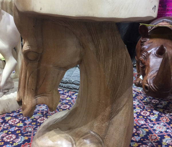 table-horse3