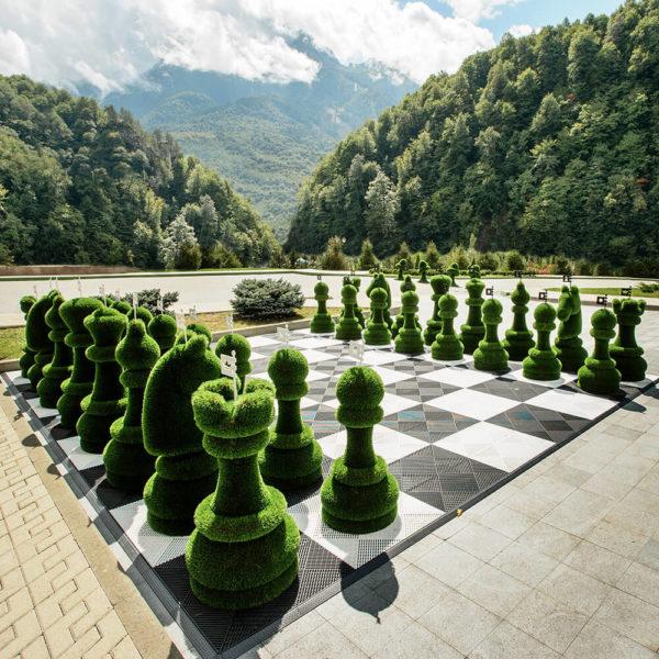 32-teiliges-schachfiguren-set-topiary-gfk-kunstrasen-schach-set