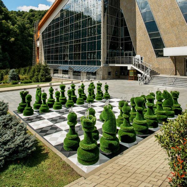 32-teiliges-schachfiguren-set-topiary-gfk-kunstrasen-schach-set_3