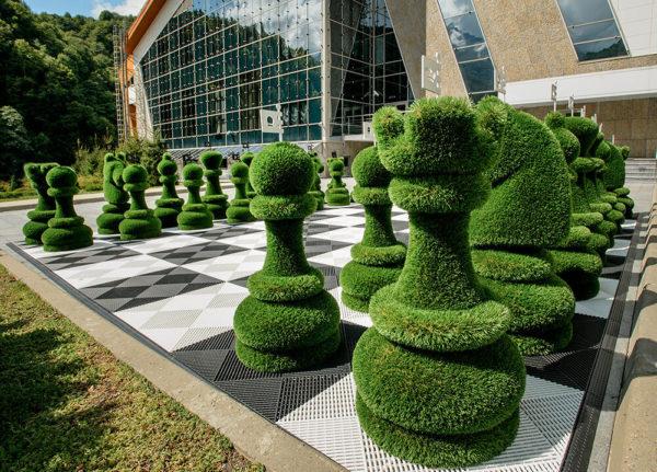 32-teiliges-schachfiguren-set-topiary-gfk-kunstrasen-schach-set_4