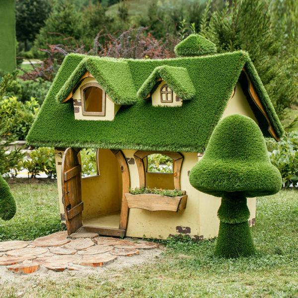 garten-kunstobjekt-haus-topiary-gfk-kunstrasen-casa-millor
