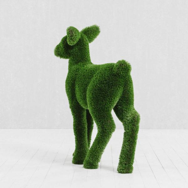 gartenfigur-hirschkalb-topiary-gfk-kunstrasen-henno_4