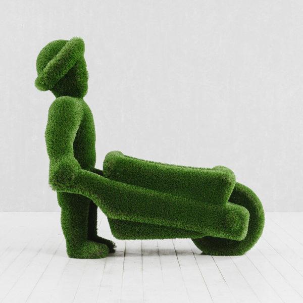 gartenfigur-mann-mit-schubkarre-topiary-kunststoff-uesli_4