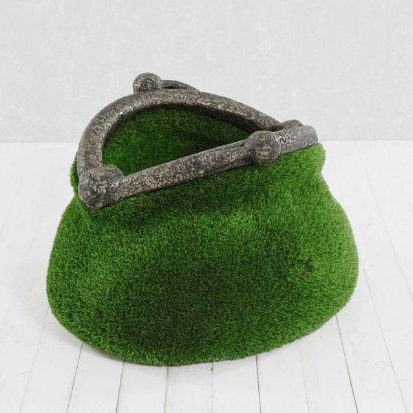 gartenplastik-geldboerse-topiary-gfk-kunstrasen-pecunia_2