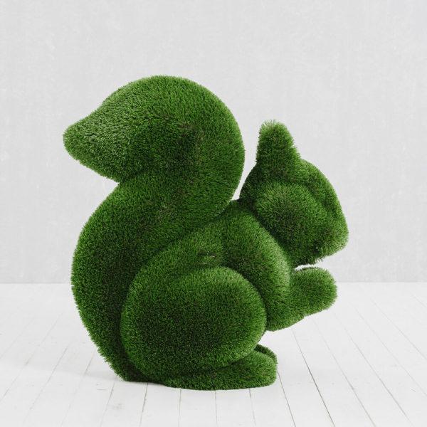 gartenskulptur-eichhoernchen-topiary-gfk-kunstrasen-sansibar_2