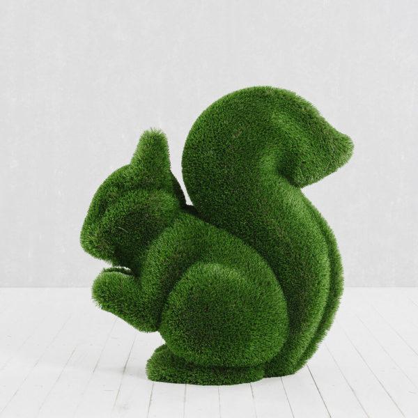 gartenskulptur-eichhoernchen-topiary-gfk-kunstrasen-sansibar_4