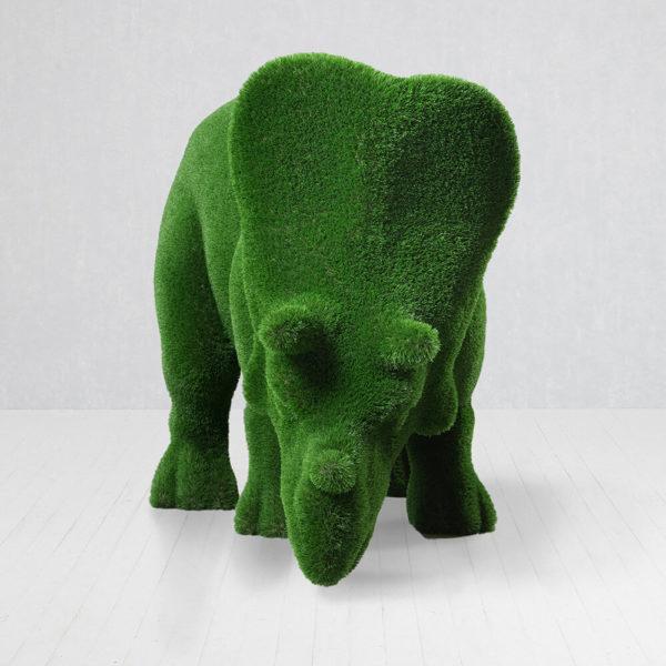 grosse-dino-figur-triceratops-topiary-gfk-kunstrasen-cera_2