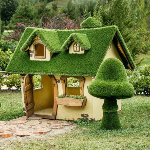 grosse-gartenfigur-pilz-gfk-kunstrasen-topiary-felino_4