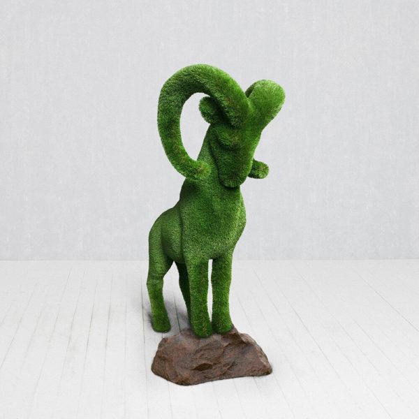 grosse-steinbock-gartenfigur-topiary-gfk-kunstrasen-wilko_2