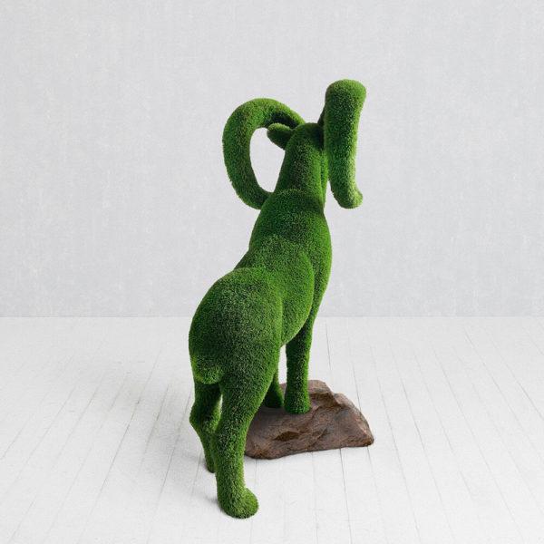 grosse-steinbock-gartenfigur-topiary-gfk-kunstrasen-wilko_3