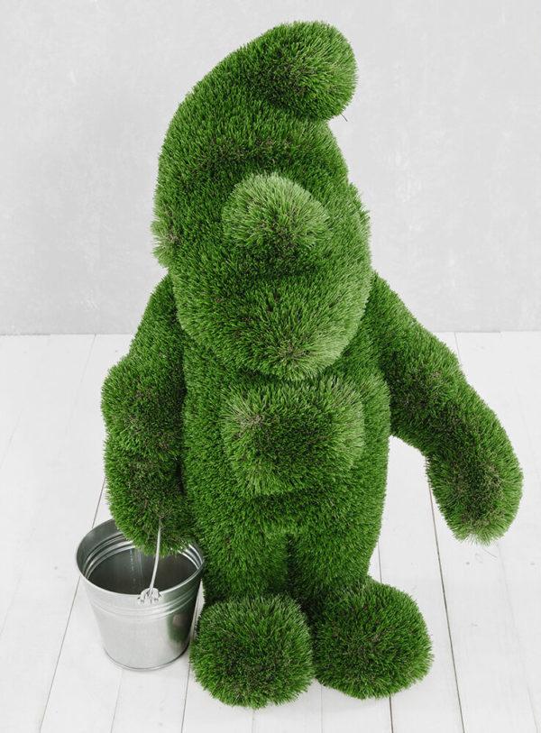 grosser-gartenzwerg-aus-gfk-kunstrasen-topiary-emerich_9