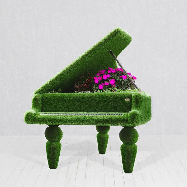 klavier-als-gartenplastik-topiary-gfk-kunstrasen-finnjo_2