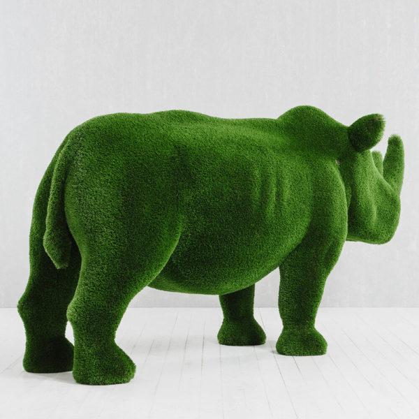lebensgrosse-nashorn-skulptur-topiary-gfk-gruen-akono_4