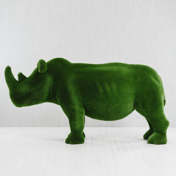 lebensgrosse-nashorn-skulptur-topiary-gfk-gruen-akono_6