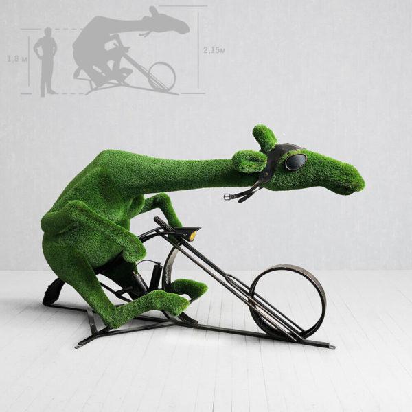 riesige-biker-giraffe-topiary-metall-gfk-kunstrasen-butch