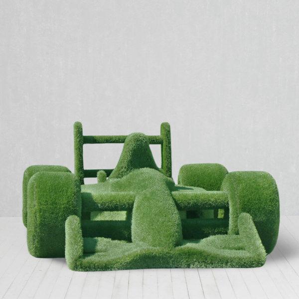 riesige-gartenplastik-rennauto-topiary-gfk-kunstrasen-buzz_2