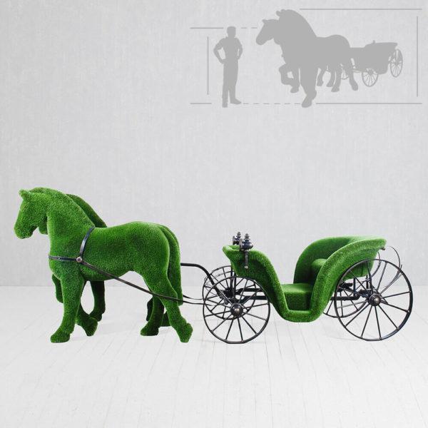 riesige-pferdekutsche-topiary-metall-gfk-kunstrasen-raeda