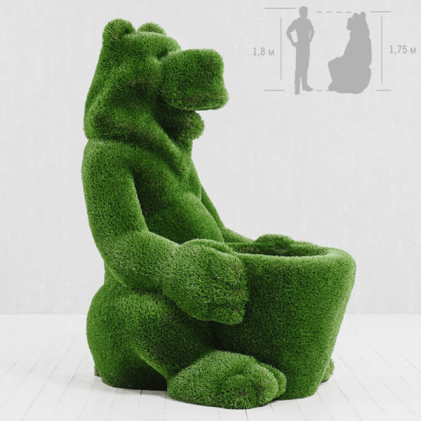 skulptur-baer-mit-korb-glasfaserkunststoff-kunstrasen-gruen-boog