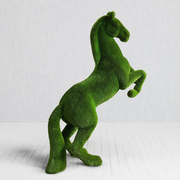 topiary-garten-skulptur-steigendes-pferd-gfk-kunstrasen-priamo_2