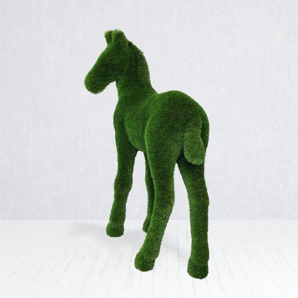 topiary-gartenfigur-fohlen-gfk-kunstrasen-gruen-pendo_3