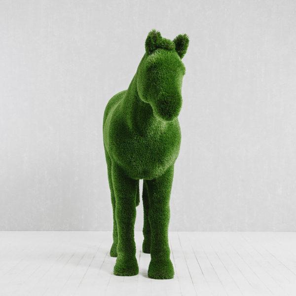 xxl-gartenfigur-pferd-topiary-gfk-kunstrasen-pferdinand_2