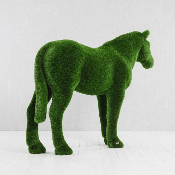 xxl-gartenfigur-pferd-topiary-gfk-kunstrasen-pferdinand_4