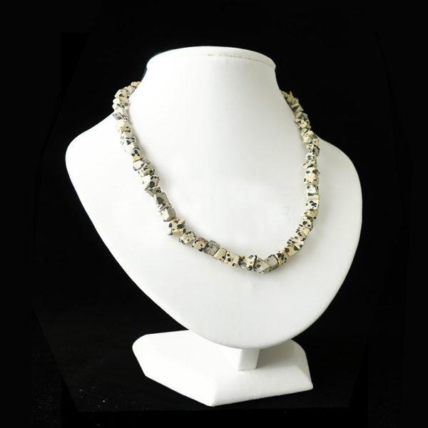collier-baroque-jaspe-dalmatien-45-cm