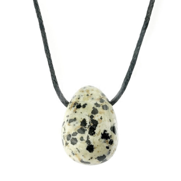 jaspe-dalmatien-pierre-percee-sur-cordon (1)